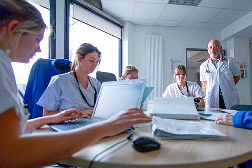 équipe paramédicale